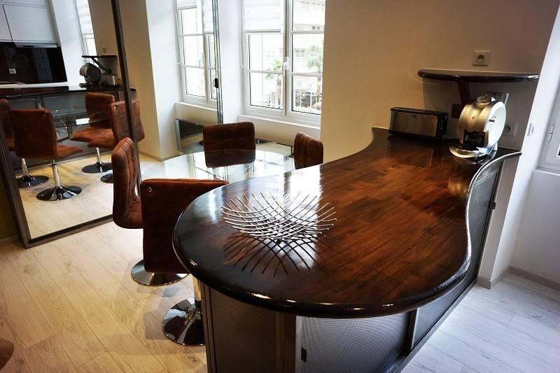 cr ation et installation d 39 un plan de travail en bois et m tal avec table int gr e toulon. Black Bedroom Furniture Sets. Home Design Ideas
