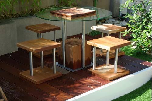 Création de mobilier de jardin en métal, bois et verre à ...